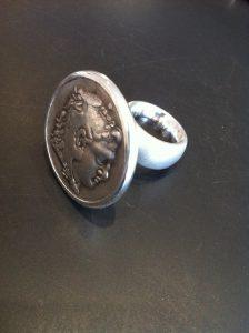 Ring mit Münze Alexander der Große