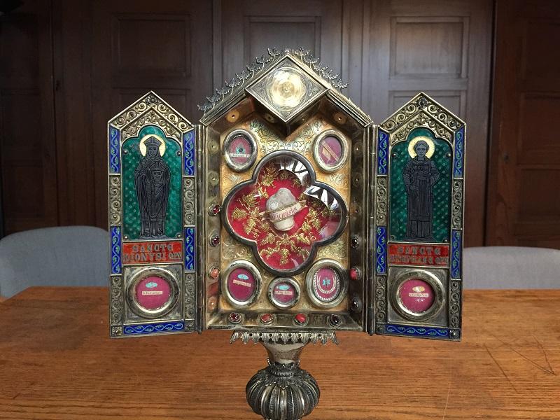 Das Reliquiar des heiligen Dionysius