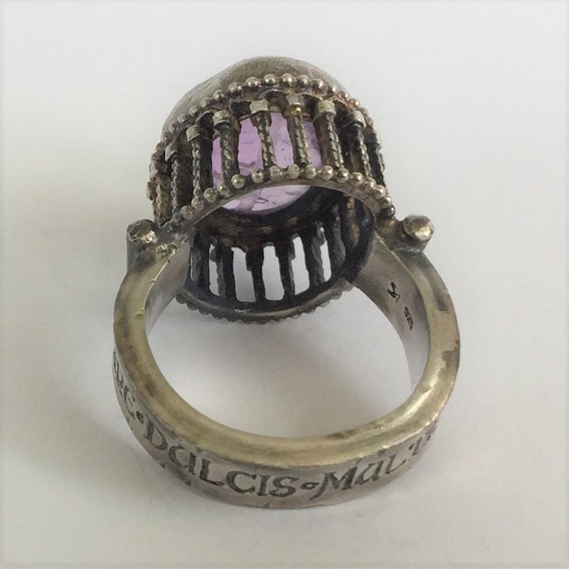 010405 Ring Silber Mittelalter Arkadenfassung Amethyst