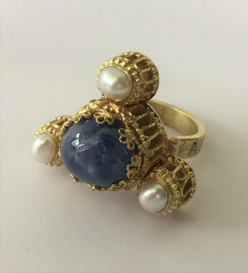 010601 Ring Kaiser Heinrich IV Canossa Gold Sternsaphir