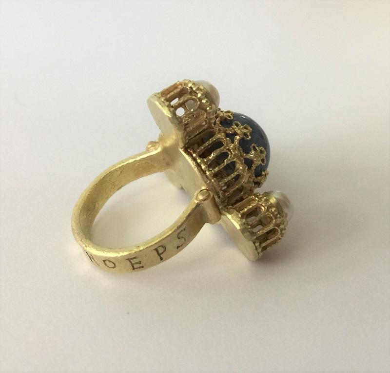 010602 Ring Kaiser Heinrich IV Canossa Gold Sternsaphir